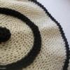 taie coussin en crochet noir et blanc