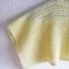 Poncho enfant jaune en laine