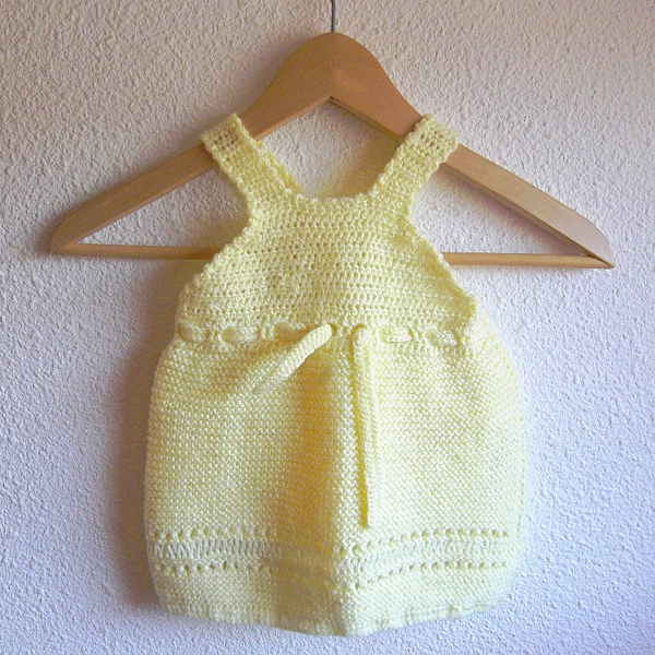 robe jaune bébé