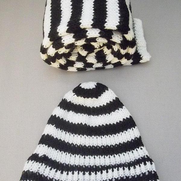 Ensemble bonnet écharpe rayé noir et blanc