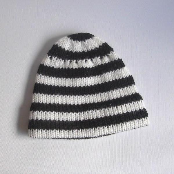 bonnet bebe raye noir blanc