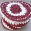 Bonnet rayé rouge et blanc
