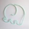 Déco éléphant en tricotin vert