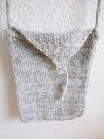 pochette grise en laine